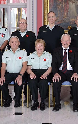 Honorary Colonel Kathleen LeGrow with colleagues during the Canadian Army Honorary Colonels Executive Council Meeting on November 7, 2014. Photo: ©2014 Office of the Secretary to the Governor General. GG2014-0433-007.