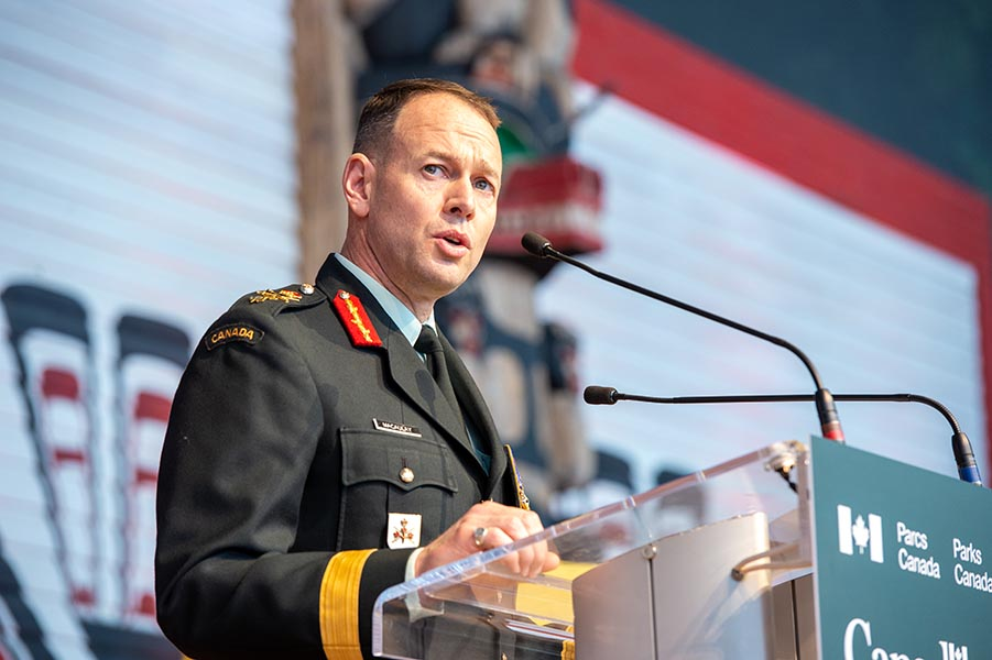 Major-General Derek Macaulay, Deputy Commander, Canadian Army attends the Hometown Heroes ceremony commemorating Inuk Elder, Qapik Attagutsiak, at the Canadian Museum of History on January 27, 2020.  MGen Macaulay thanked Qapik for her efforts during the Second World War. Photo Credit: Private Jonathan King, Canadian Forces Support Unit (Ottawa) Imaging Services. © 2020 DND-MDN Canada.