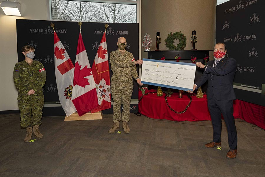 Presentation of a $400,000 cheque for Support Our Troops